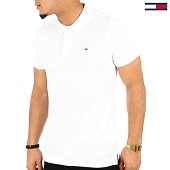 /achat-polos-manches-courtes/tommy-hilfiger-jeans-polo-manches-courtes-original-4266-blanc-125132.html