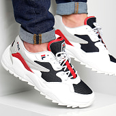 /achat-baskets-basses/fila-baskets-vault-cmr-jogger-cb-low-1010588-01m-white-navy-red-175426.html