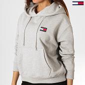 /achat-sweats-capuche/tommy-hilfiger-jeans-sweat-capuche-femme-badge-6815-gris-chine-186122.html