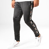 /achat-pantalons-joggings/ellesse-pantalon-jogging-a-bandes-1034n-gustave-noir-188410.html