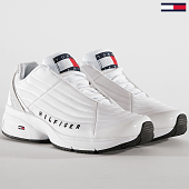 /achat-baskets-basses/tommy-hilfiger-jeans-baskets-femme-heritage-tommy-jeans-sneaker-en0en00662-white-189392.html
