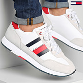 /achat-baskets-basses/tommy-hilfiger-baskets-corporate-leather-flag-runner-2380-white-189394.html