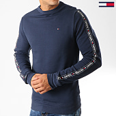 /achat-sweats-col-rond-crewneck/tommy-hilfiger-jeans-sweat-crewneck-a-bandes-0705-bleu-marine-192300.html
